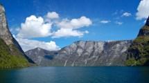 Friday Cruise Sognefjord Average