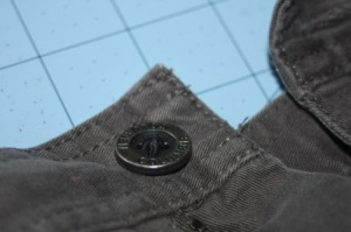Avery Lane Blog tutorial: Sewing a Button on Correctly
