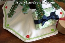 Too Cute Doll Sewing Magazine mini tree skirt tutorial blog sew along 1