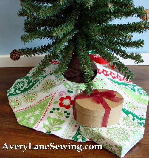 Too Cute Doll Sewing Magazine mini tree skirt tutorial blog sew along 2