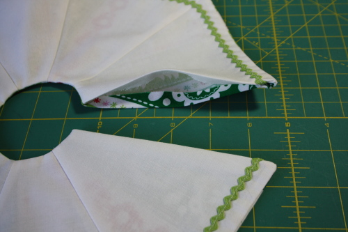 Too Cute Doll Sewing Magazine mini tree skirt tutorial blog sew along 3