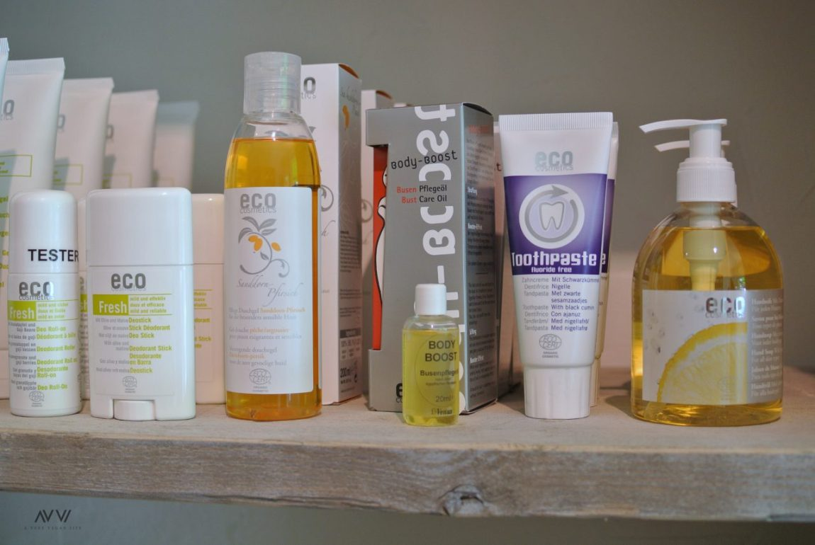 Eco-Cosmetics-Vegan-Pure-Schönheit-AVVL