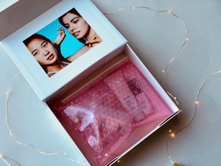 glossier-packaging