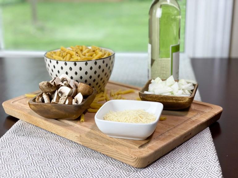mushroom-pasta-ingredients
