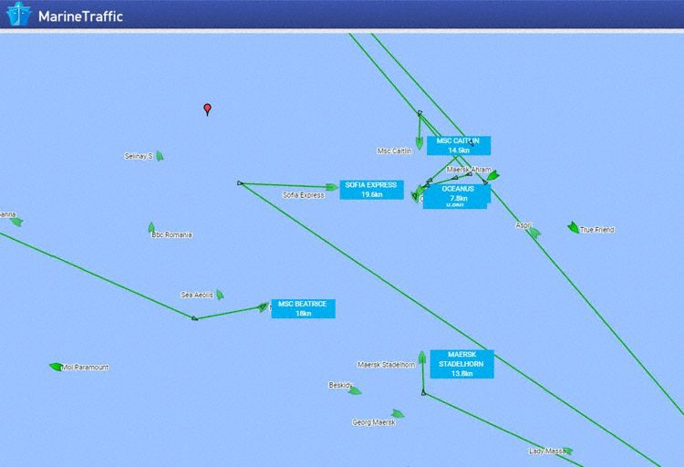 A number of ships left intended course towards a common position (Graphics: MarineTraffic)