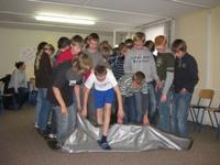 Schüler einer 7. Klasse beim Spielen in Störitzland