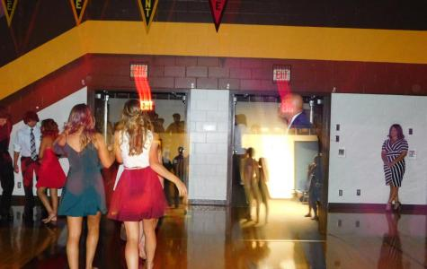 Homecoming 2017: Red Carpets and Paper Bag Coat Checks