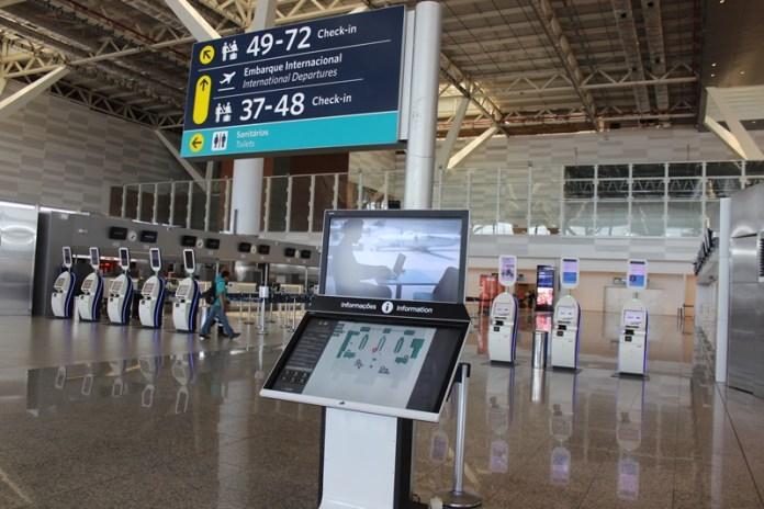 Viracopos;, Viracopos implanta equipamentos digitais interativos para atender passageiros, Portal Aviação Brasil