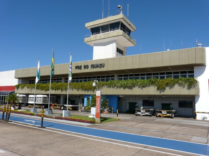 Foz do Iguaçu, Explicado o alto número de voos internacionais em Foz do Iguaçu, Portal Aviação Brasil