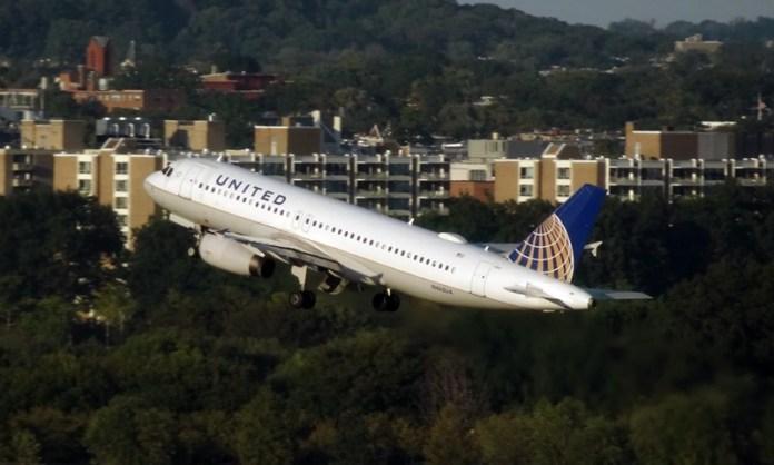 United Airlines, United Airlines aumenta participação na Azul para 8%, Portal Aviação Brasil