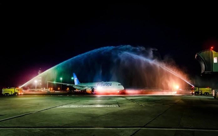 Salvador, Boeing 787 Dreamliner Air Europa pousa em Salvador, Portal Aviação Brasil