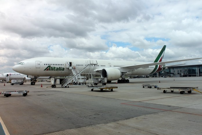 Alitalia obtém mais uma ajuda financeira