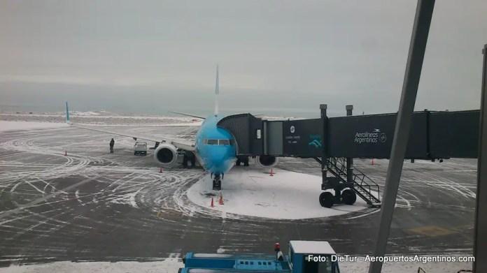 Aeropuerto de El Calafate - Invierno 06.jpg