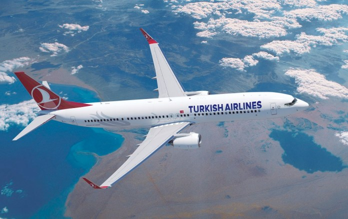 Turkish Airlines - Boeing 737-900