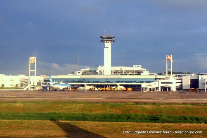 """Aeropuerto Internacional """"Silvio Pettirossi"""" de Asunción"""