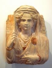 palmyre_Buste_de_femme,_Palmyre,_Syrie_(IIe_siècle)