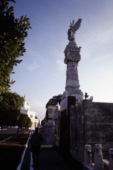 Monumento a los Bomberos en Cementerio Colón