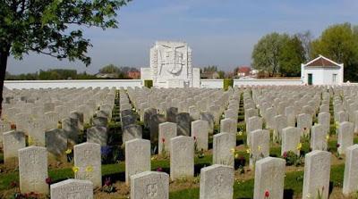 https://i0.wp.com/aviagemdosargonautas.net/wp-content/uploads/2018/11/56e48-cemiterio_militar_portugues_richebourg_l_avoue.jpg?w=1140&ssl=1