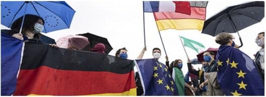 Cimeira UE 17 J Mauldin Cimeira UE vista do outro lado do charco Ressurgimento Europeu 1