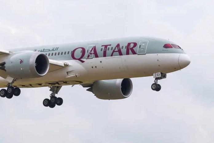 qatar dreamliner tia
