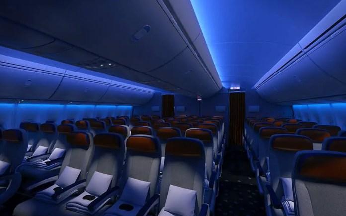 747 8 cabin