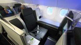 JetBlue moves coast-to-coast Mint expansion forward 2