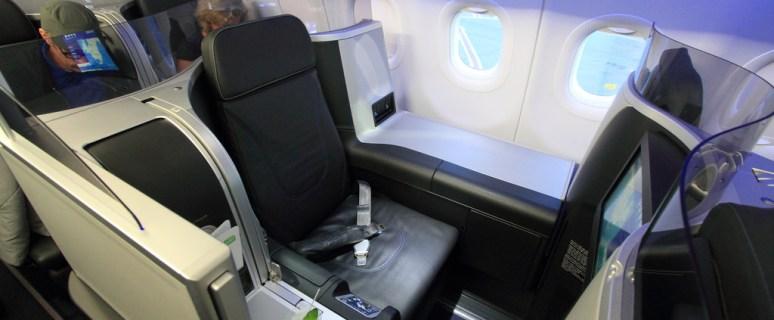 JetBlue moves coast-to-coast Mint expansion forward 4