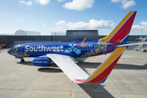 """Southwest Airlines unveils """"Coco""""-themed Boeing 737-700"""