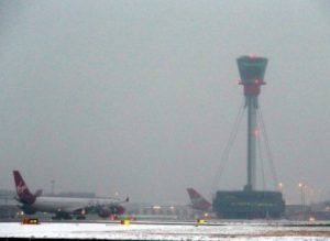 Snow and bad weather across Europe cancels over 600 flights
