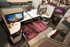 Qatar Airways invites US travelers to experience Qsuite without boarding aircraft 3