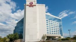Interstate Hotels & Resorts to manage Renaissance Philadelphia Airport Hotel 34