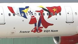 Vietjet marks anniversary of diplomatic ties between Vietnam and France with special logo 29