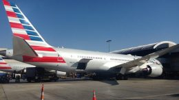 Boeing, American Airlines sign major order for 47 787 Dreamliners 17