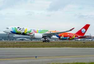 Sichuan Airlines welcomes its first Airbus A350-900