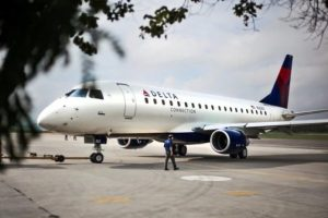 SkyWest places $422M order with Embraer