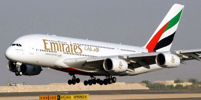 Airbus confirms discussions with Emirates Airline about its A380 contract 4