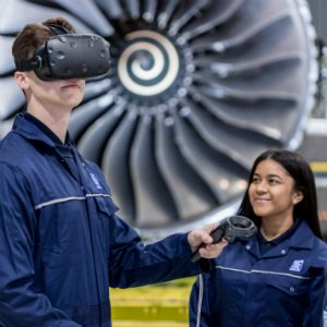 Qatar Airways partners with Rolls-Royce to trial its Virtual Reality training tool