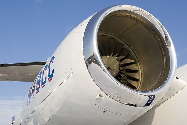 Rolls-Royce Tay 611-8 engine achieves 10 million flying hours 1