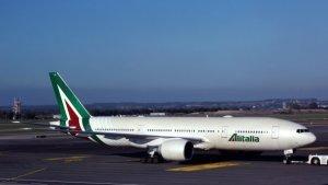 Keeping Alitalia airline afloat: 900 million euro bridge loan conversion