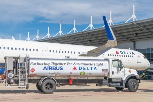 Airbus delivers Delta's 50th US-produced A321 powered with sustainable jet fuel 1