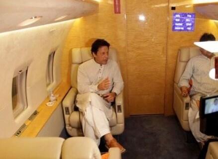 Pakistani PM's plane makes emergency landing in New York's JFK airport 12