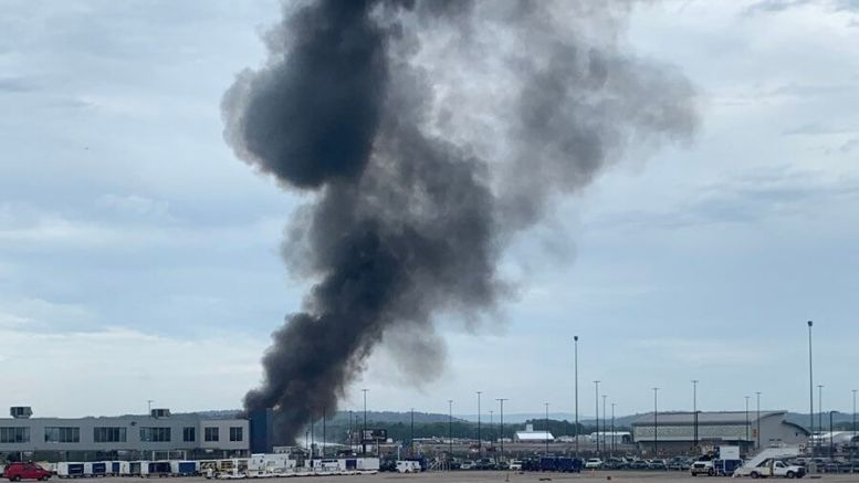 WWII B-17 bomber crashes at Bradley International Airport in Connecticut 1