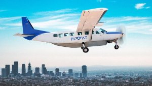 FLOAT Southern Airways Express shuttle flies over Los Angeles traffic