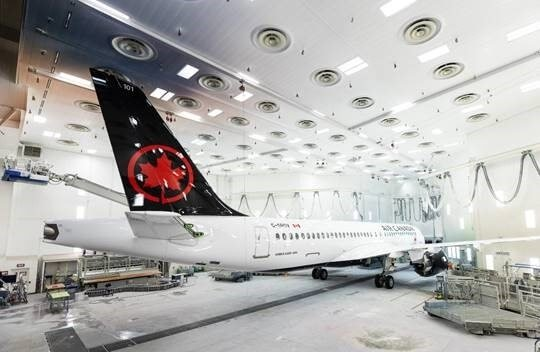 Airbus unveils Air Canada's first A220 1