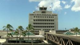 Honolulu International Airport workers go on strike 38