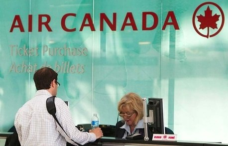Customer service agents reach deal with Air Canada 1