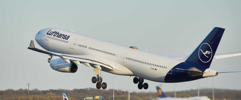 Lufthansa doubles number of Easter travel season flights 47