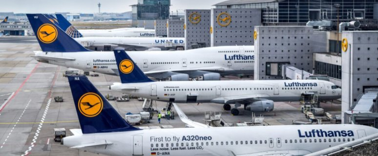 Lufthansa Group reduces operating loss through significant cost cuts 1
