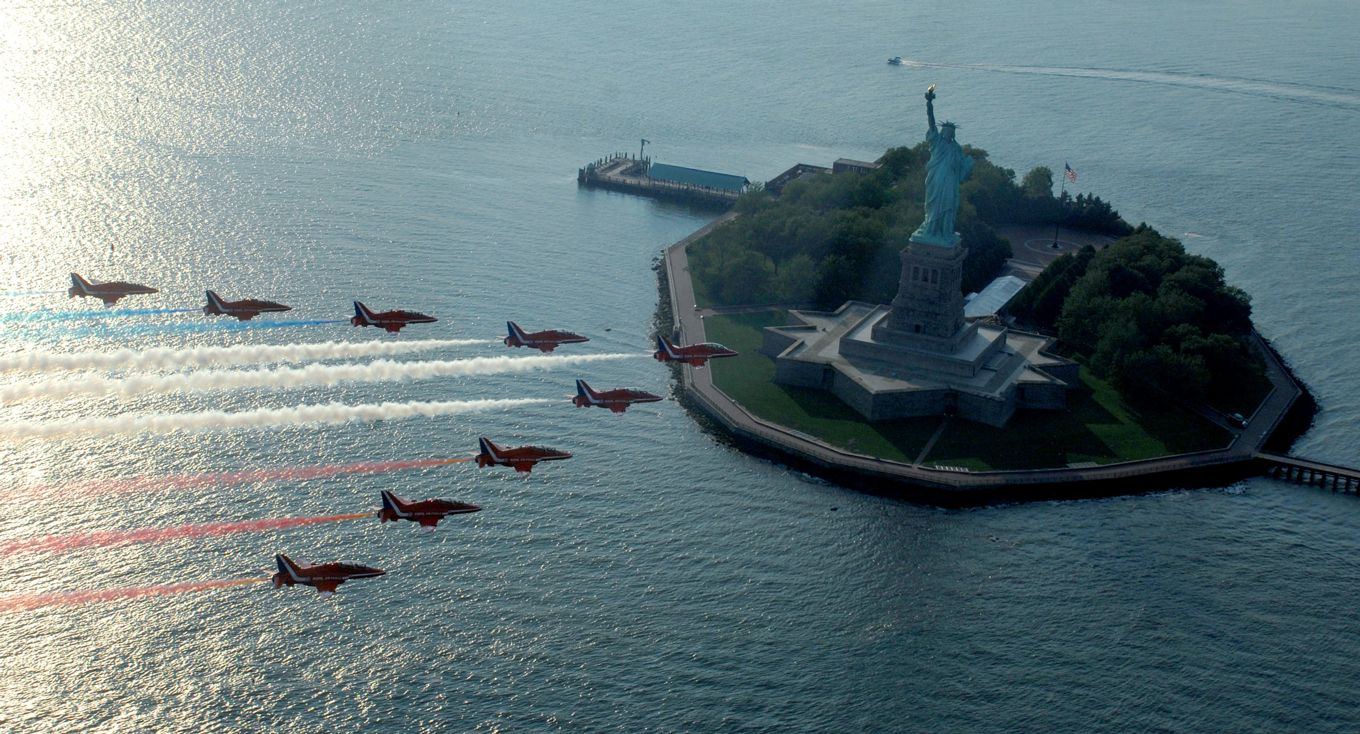 Read more about the article Red Arrows to tour America