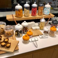 NEUES LUFTHANSA LOUNGE CATERING